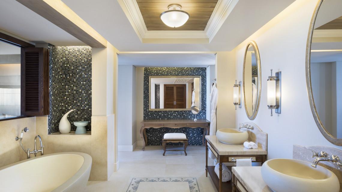 mru-stregis-badezimmer