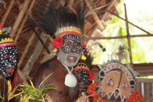 tau-papua-reise-locals5