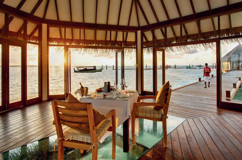 mle-hideaway-beach-restaurant