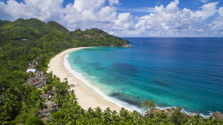 Intendance Bay Strand vom Banyan Tree Seychelles
